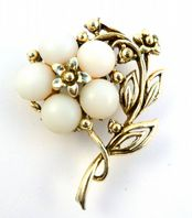 Vintage Large White Frosted Glass Flower Brooch.